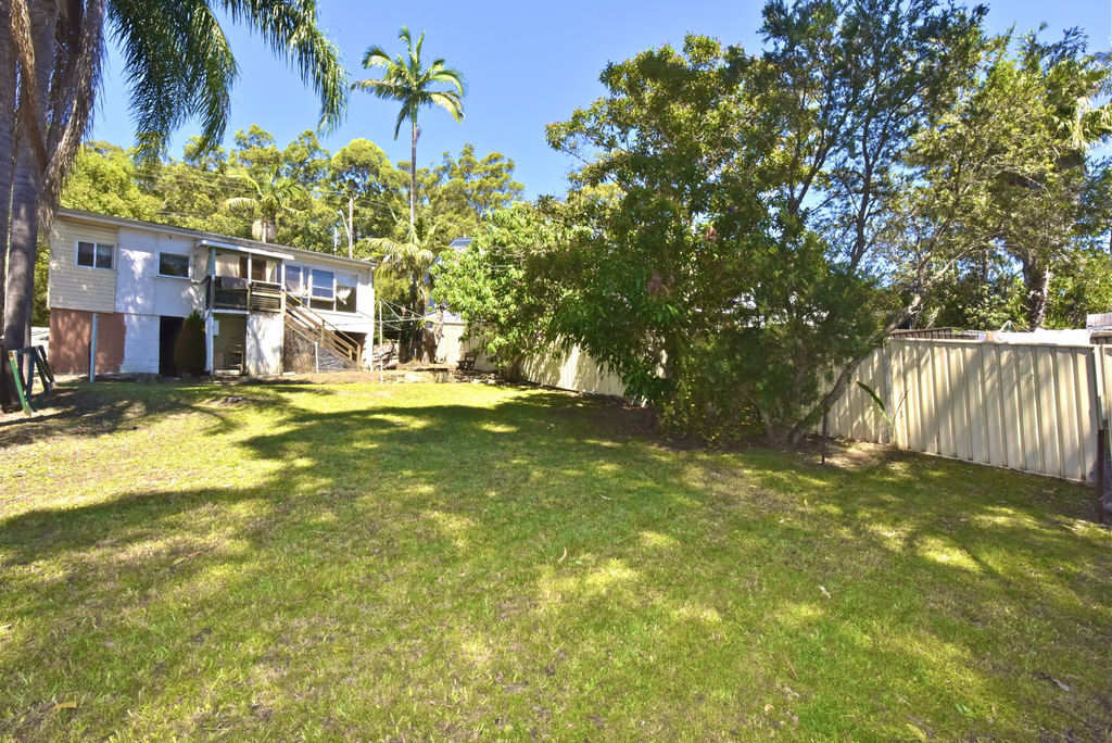 House | 6 High Street, SARATOGA, NSW 2251 1