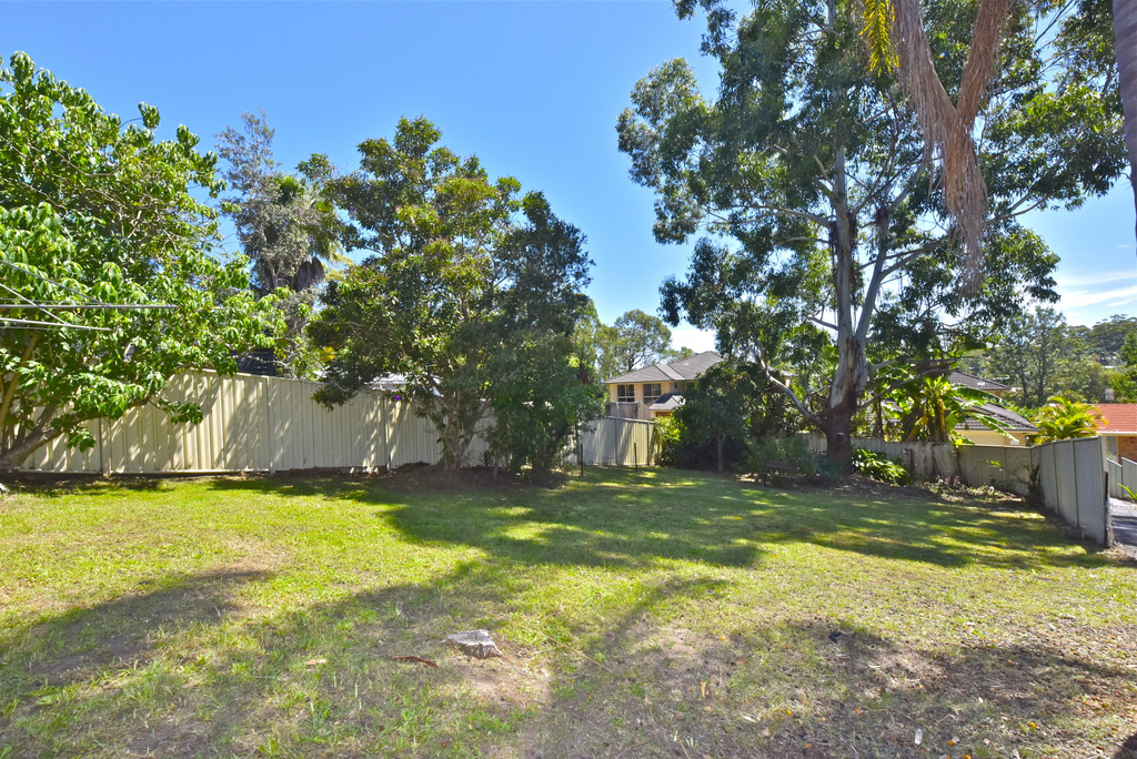 House | 6 High Street, SARATOGA, NSW 2251 3