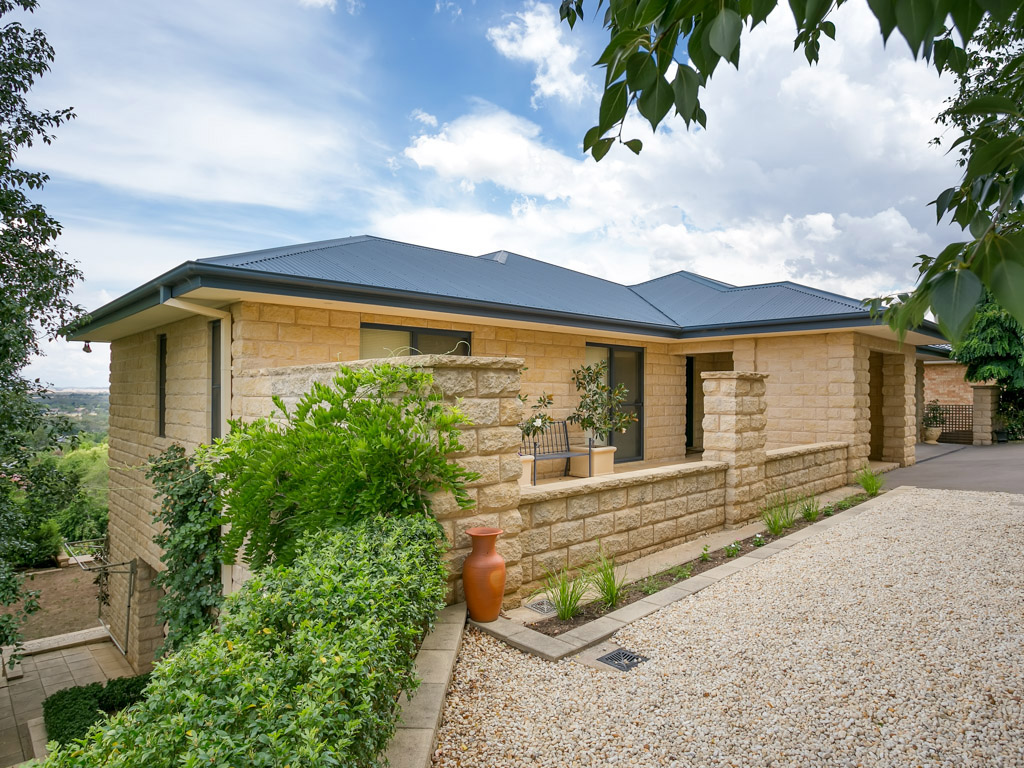 Photo of 74 Henwood Avenue WAGGA WAGGA, NSW 2650