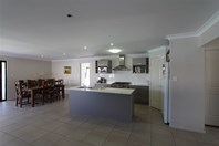 Picture of 8 Peregian Close, Manly West