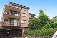Picture of 13/3 Meadow Crescent, Meadowbank