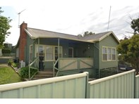 Picture of 1 Navarre Road, Stawell