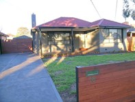Picture of 18 Langham Street, Avondale Heights