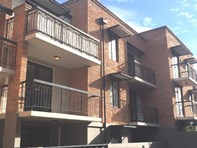 Picture of 15B/120 Lake Street, Perth