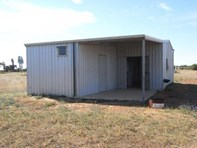 Picture of 266 Hall Road, Waggrakine
