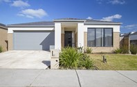 Main photo of 17 Braeburn Street, Doreen - More Details