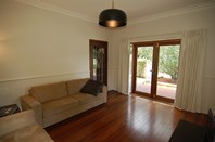 Photo of 44 Swan Street, Guildford - More Details