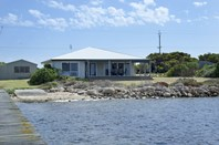 Picture of 11-13 Goolwa Channel Drive, Hindmarsh Island