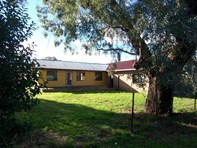 Picture of 6 Queen Street, Wallendbeen