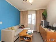 Picture of 2/403 Akuna Street, Canberra