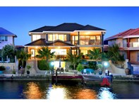 Picture of 6 Lerici Circle, Pelican Point