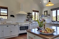 Picture of 289 Cross Road, Gardners Bay