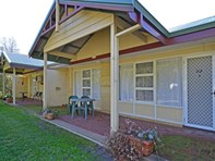 Picture of 2/182 Middleton Road, Mira Mar