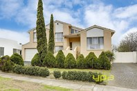 Main photo of 5 Cortina Place, Avondale Heights - More Details