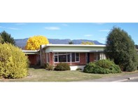 Picture of 8 Caveside Road, Mole Creek