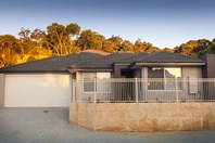 Picture of 10/5 Marsh Road, Mount Richon