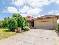 Main photo of 11 Chartwell Place, Leeming - More Details