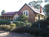Picture of 52 Murray Street, Stone Hut