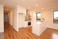 Picture of 2/7 Summer Rise, Summerhill