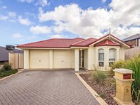 Picture of 11 Fuschia Street, Huntfield Heights