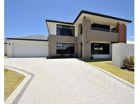 Main photo of 10 Valley Way, Baldivis - More Details