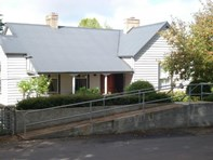 Picture of 2-2a Bridge Street, Ross