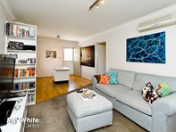Picture of 8/3 Currie Street, Jolimont