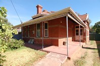 Photo of 73 Swan Street, Guildford - More Details