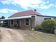Main photo of 7 Howard Drive, Penneshaw - More Details