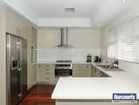 Picture of 27 Kenmure Avenue, Ashfield