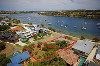 Picture of 16 Blackwall Reach Parade, Bicton