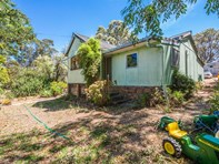 Picture of 580 Goslin Rd, Sawyers Valley
