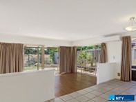 Picture of 32 Gentle Circle, South Guildford