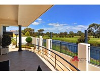 Picture of 14 Gleneagles Way, Pelican Point