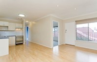 Picture of 4/21 Cowper Road, Black Forest