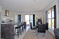 Picture of 2/11 Pearce Street, Summerhill