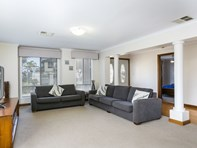 Picture of 1 Chivers Street, Hallett Cove