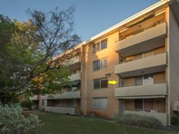 Picture of 6/9 Everett Street, Crawley