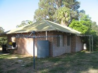Picture of 21 Mallee Drive, Karnup