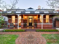 Picture of 8 St Albans Avenue, Highgate