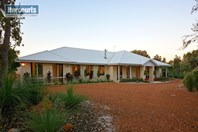 Picture of 10 Fraser Close, Muchea