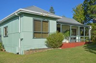 Picture of 10 Greenshields Street, Mira Mar