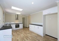 Picture of 9 Harlow Court, Camillo