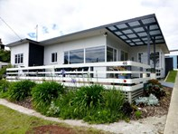 Picture of 46 Beach Crescent, Greens Beach
