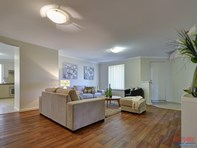 Picture of 79 Shiraz Boulevard, Pearsall