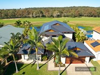 Picture of 37 Lake Breeze Drive, Windaroo