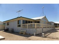 Picture of 1 McEacherns Beach Road, Port Moorowie