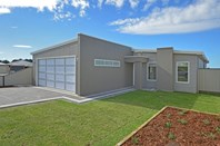 Picture of 20 Stirling View Drive, Lange