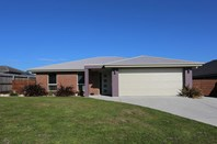 Picture of 13 Eastfield Drive, Newnham