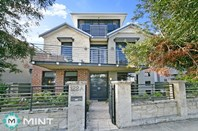 Picture of 122a Marine  Terrace, South Fremantle